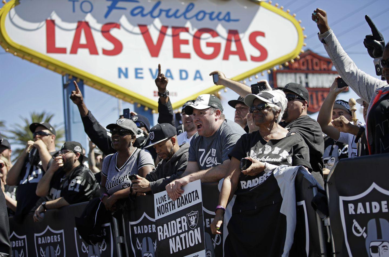 Setelah bertahun-tahun menentang perjudian, NFL terdengar siap untuk digunakan
